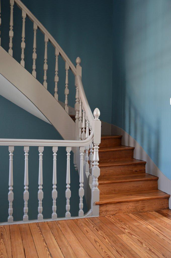 relooking d 39 escalier. Black Bedroom Furniture Sets. Home Design Ideas